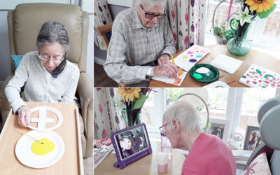 Abbotsleigh residents painting and watching old films