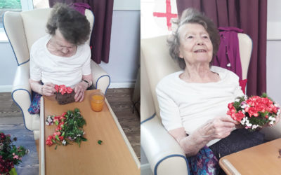 Bringing Chelsea flowers to Abbotsleigh Care Home